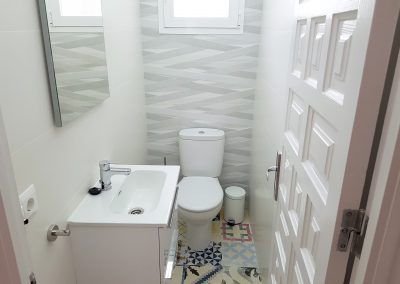 Newly renovated toilet (April 2018) on the entrance floor
